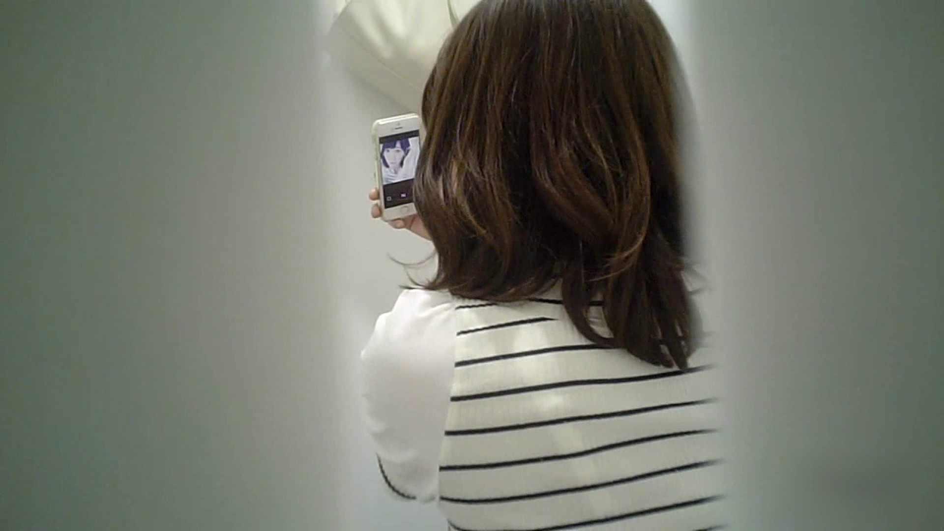 有名大学女性洗面所 vol.37 ついでにアンダーヘアーの状態確認ですね。 和式 エロ画像 101枚 14