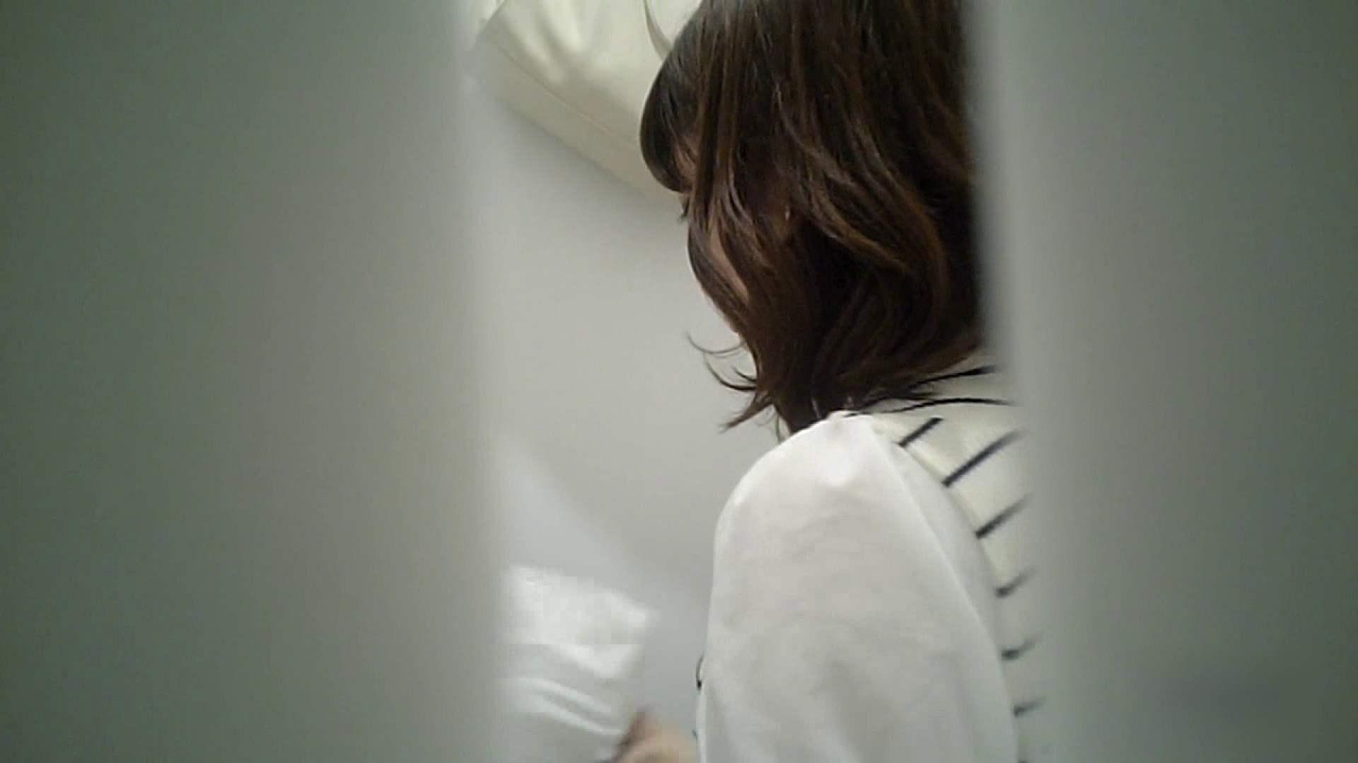 有名大学女性洗面所 vol.37 ついでにアンダーヘアーの状態確認ですね。 投稿  101枚 20