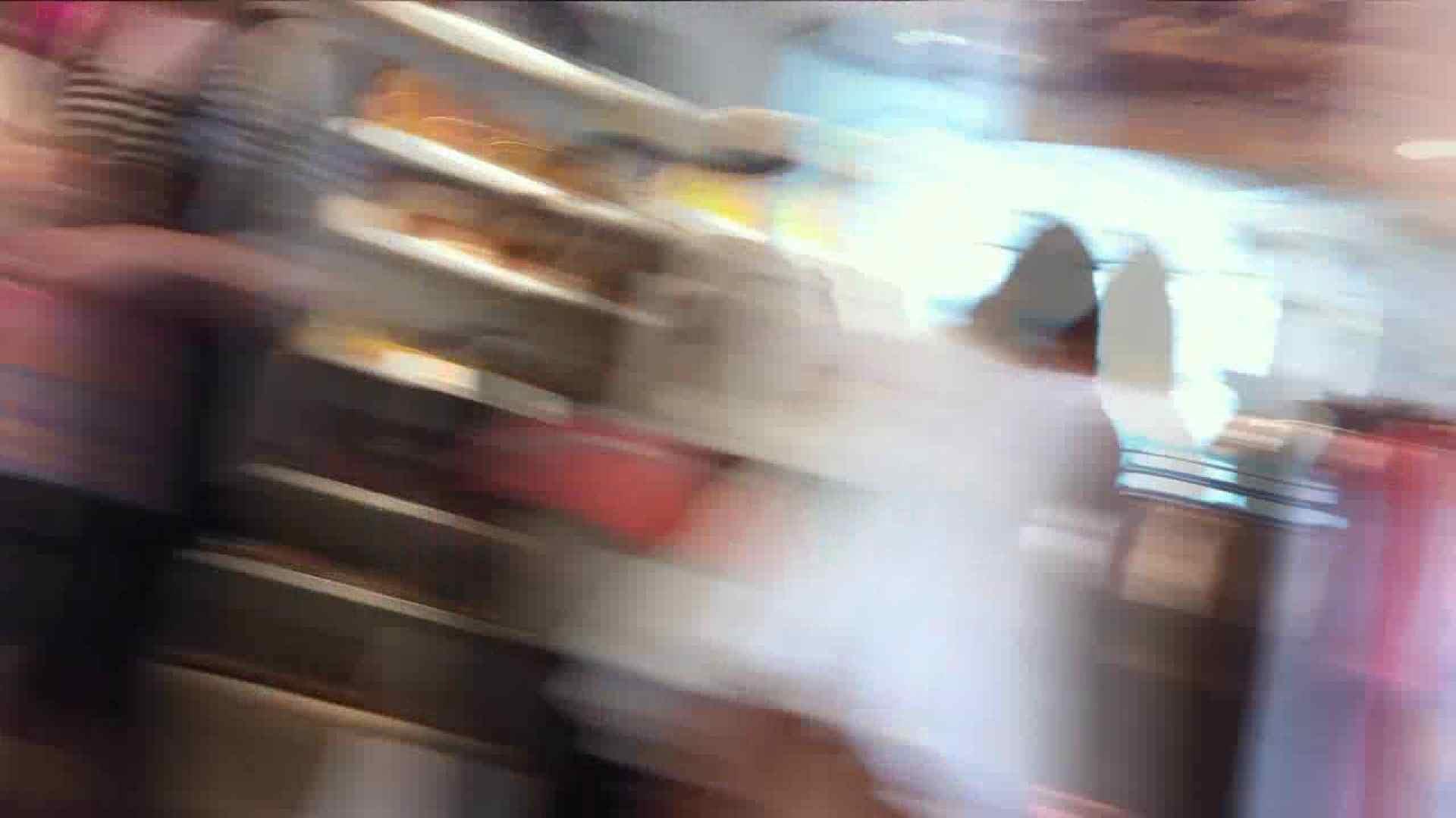 可愛いカリスマ店員限定‼胸チラ&パンチラ vol.02 チラ ワレメ無修正動画無料 102枚 17