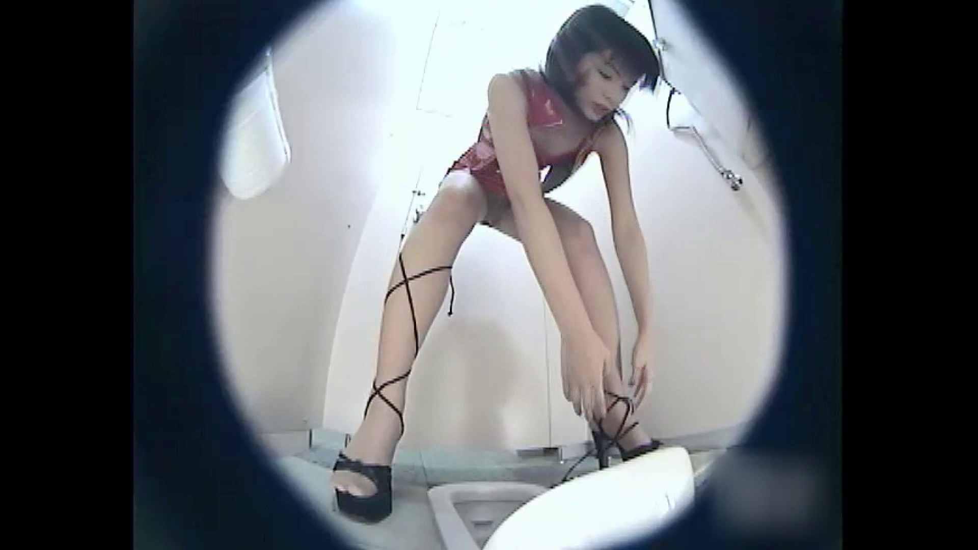 レースクィーントイレ盗撮!Vol.03 トイレ | 丸見え  88枚 56