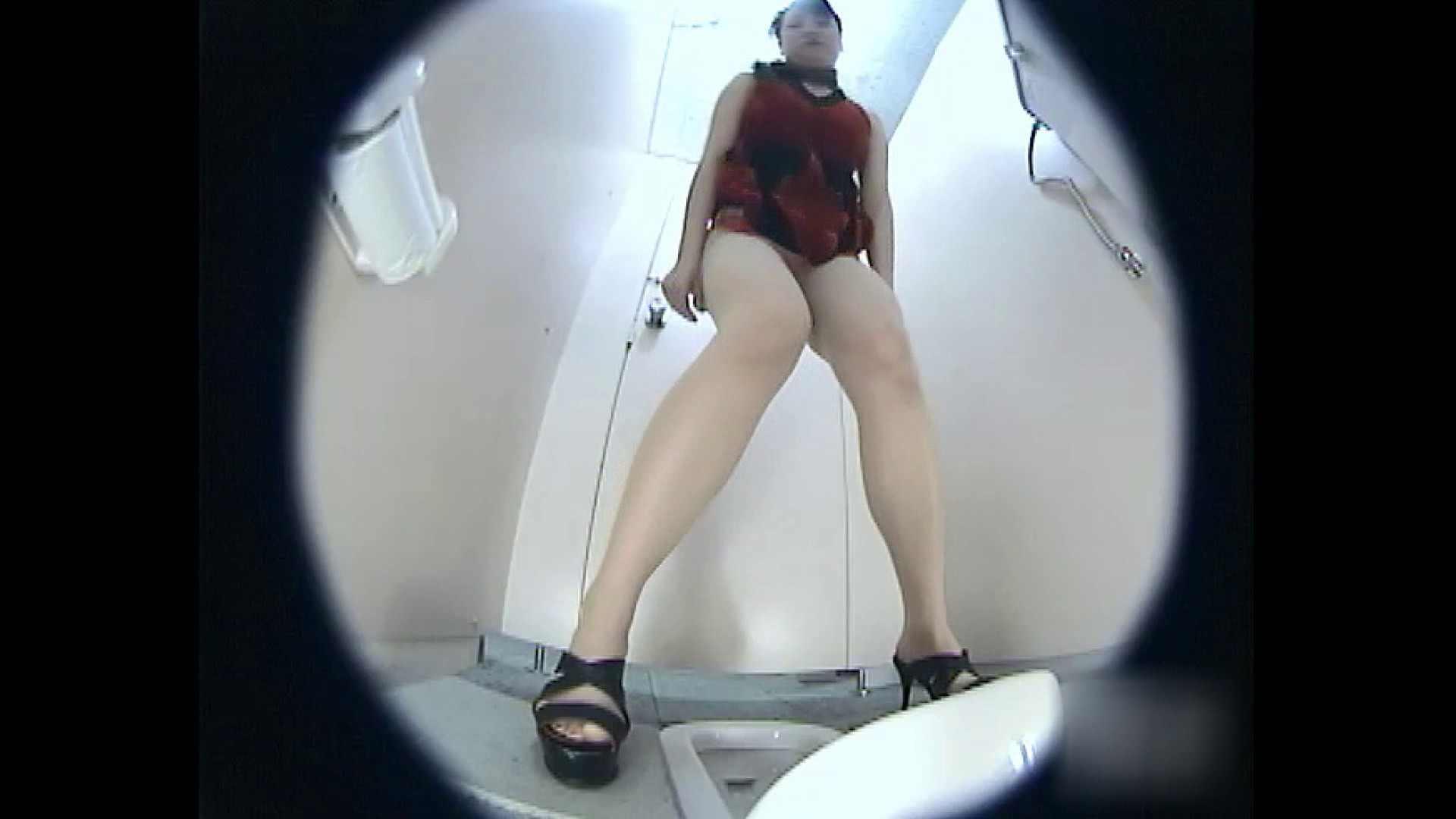 レースクィーントイレ盗撮!Vol.04 便器 ワレメ無修正動画無料 101枚 31