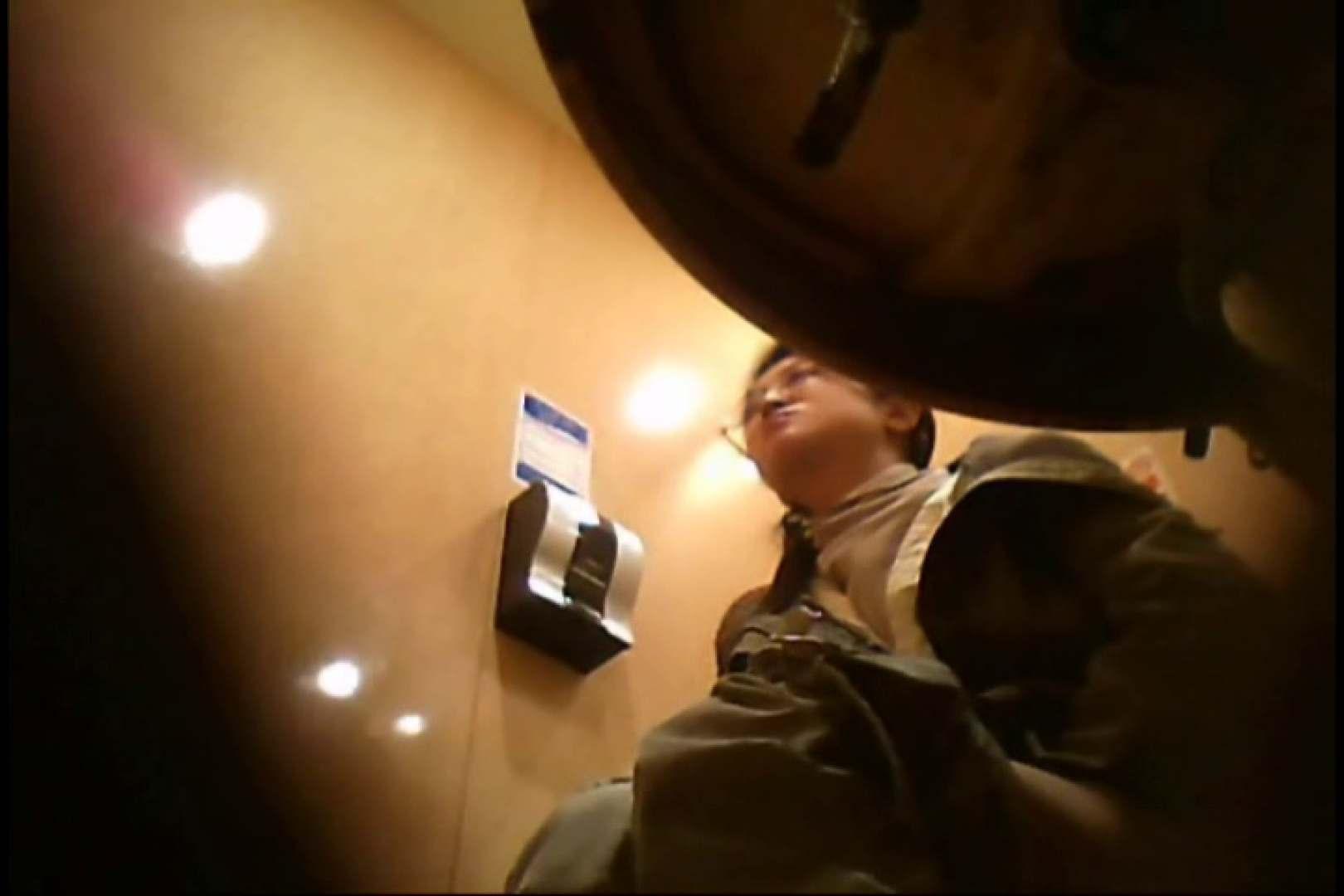 画質向上!新亀さん厠 vol.09 黄金水 隠し撮りオマンコ動画紹介 67枚 5