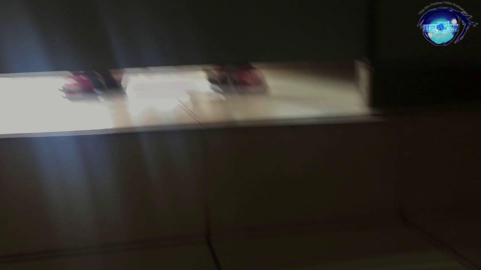 GOD HAND 芸術大学盗撮‼vol.74 綺麗なOLたち 濡れ場動画紹介 55枚 46