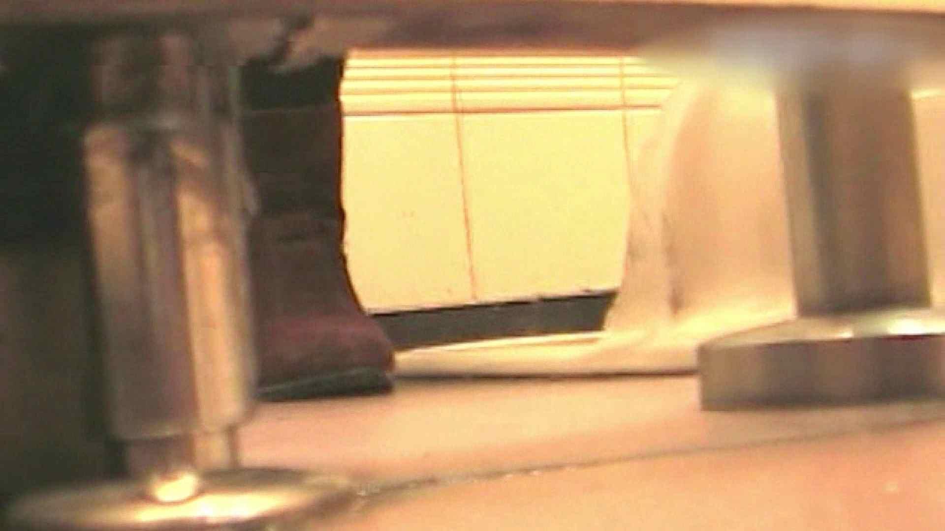 ロックハンドさんの盗撮記録File.26 黄金水 隠し撮りオマンコ動画紹介 111枚 55