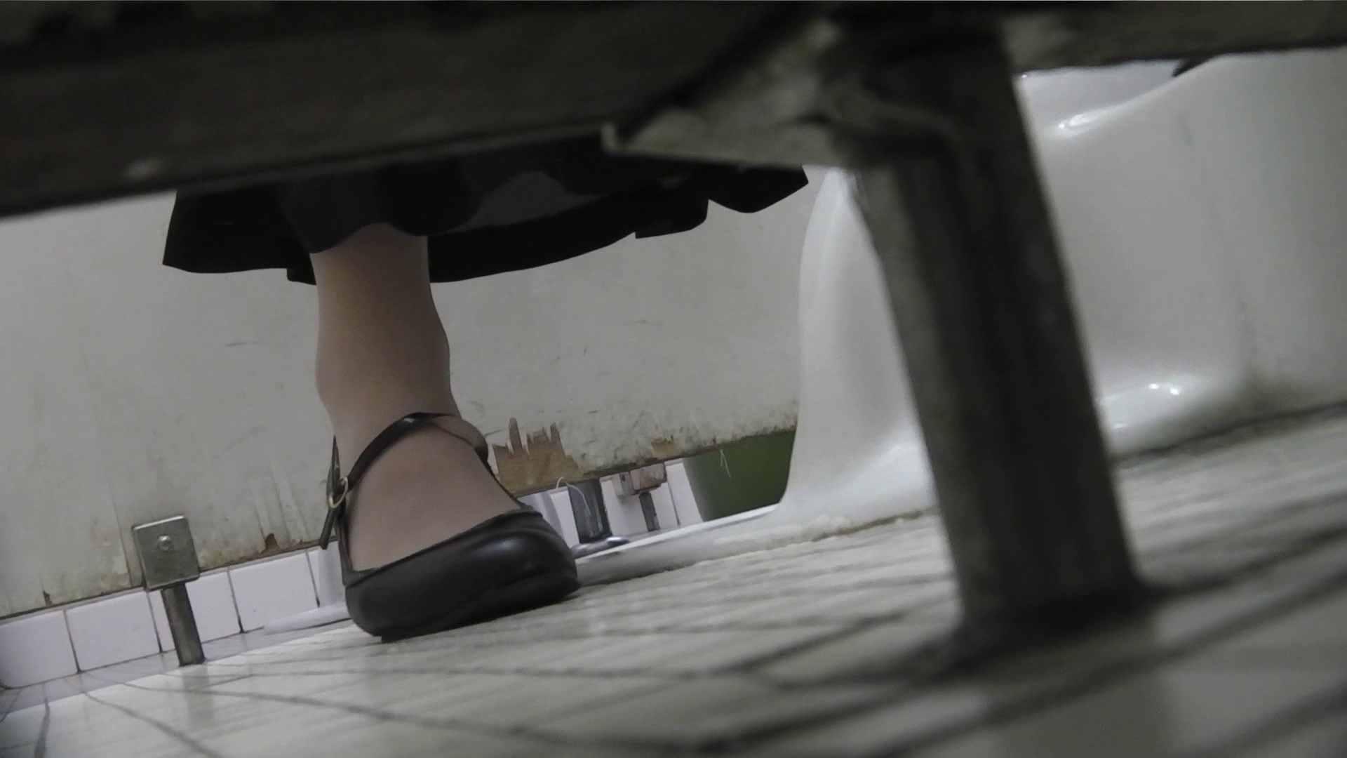 vol.06 命がけ潜伏洗面所! 茶髪タン、ハァハァ 前編 洗面所 おまんこ無修正動画無料 74枚 30