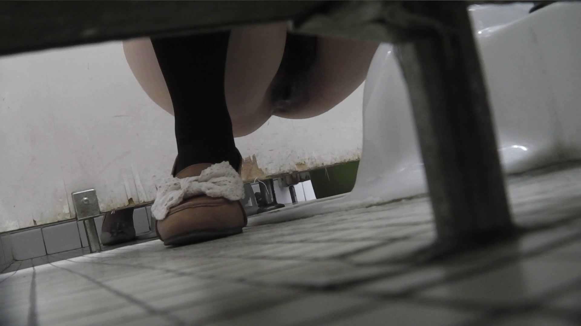 vol.06 命がけ潜伏洗面所! 茶髪タン、ハァハァ 前編 洗面所 おまんこ無修正動画無料 74枚 50