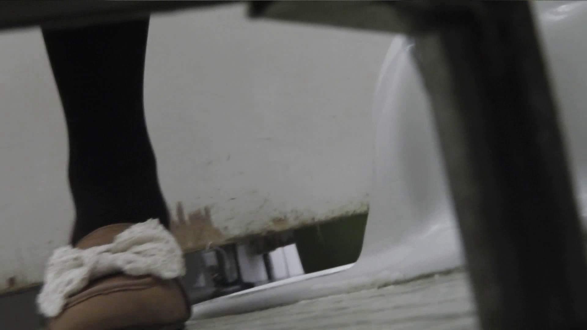 盗撮AV:vol.06 命がけ潜伏洗面所! 茶髪タン、ハァハァ 前編:のぞき本舗 中村屋