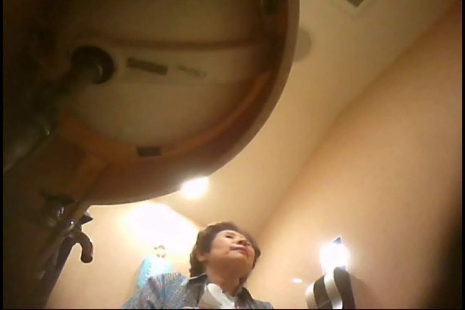 潜入!!女子化粧室盗撮~絶対見られたくない時間~vo,130 潜入   盗撮  72枚 10