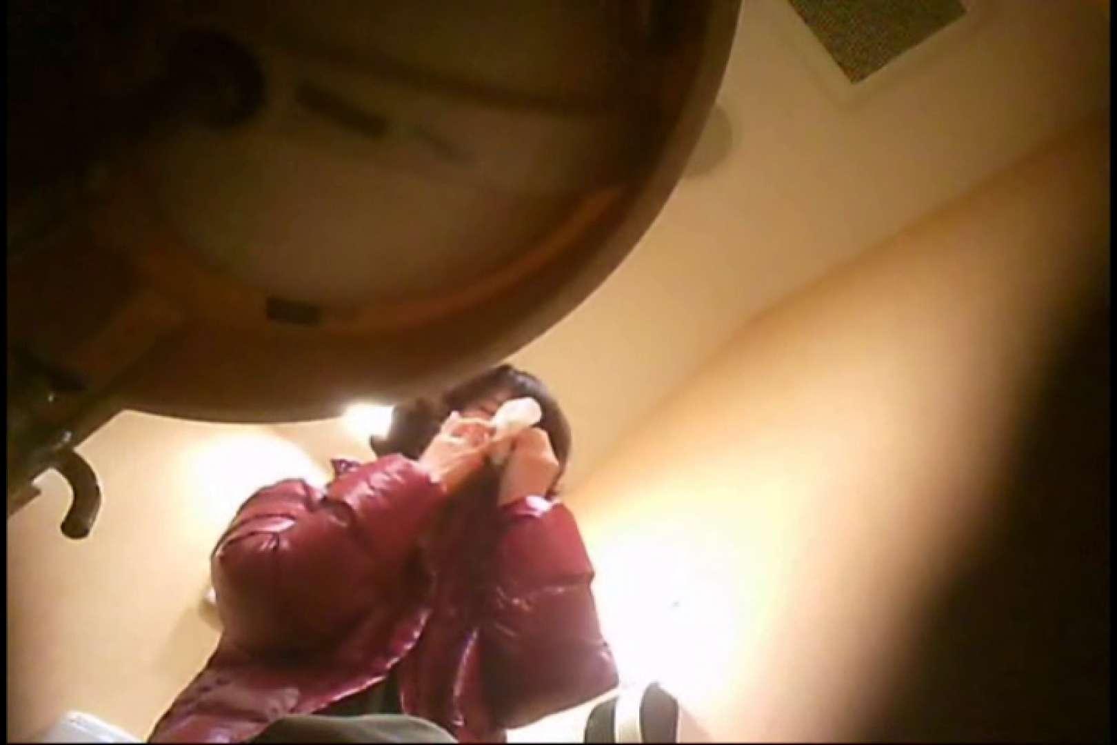 潜入!!女子化粧室盗撮~絶対見られたくない時間~vo,75 超エロお姉さん | 潜入  55枚 31