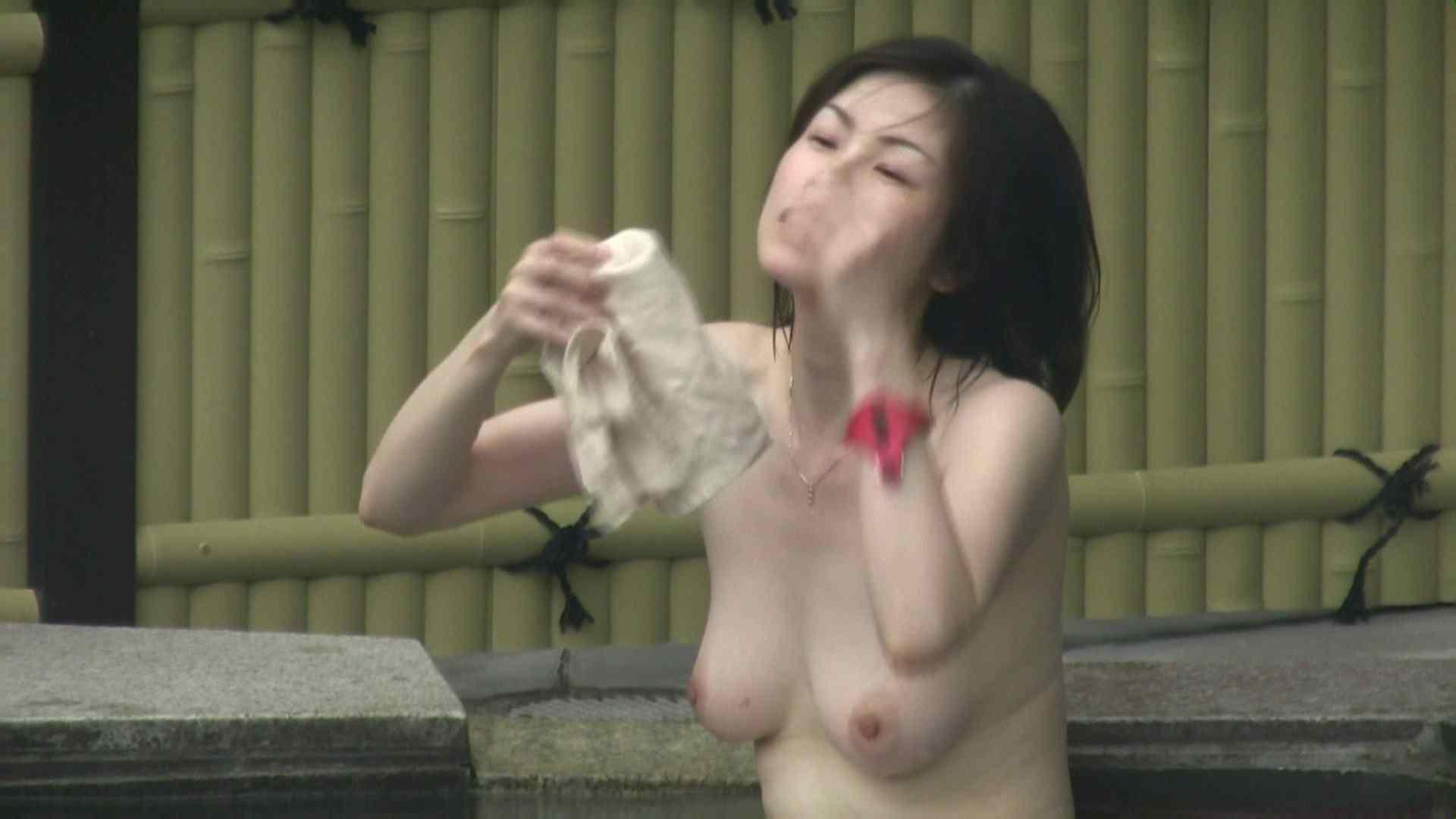 高画質露天女風呂観察 vol.035 露天 セックス画像 84枚 65