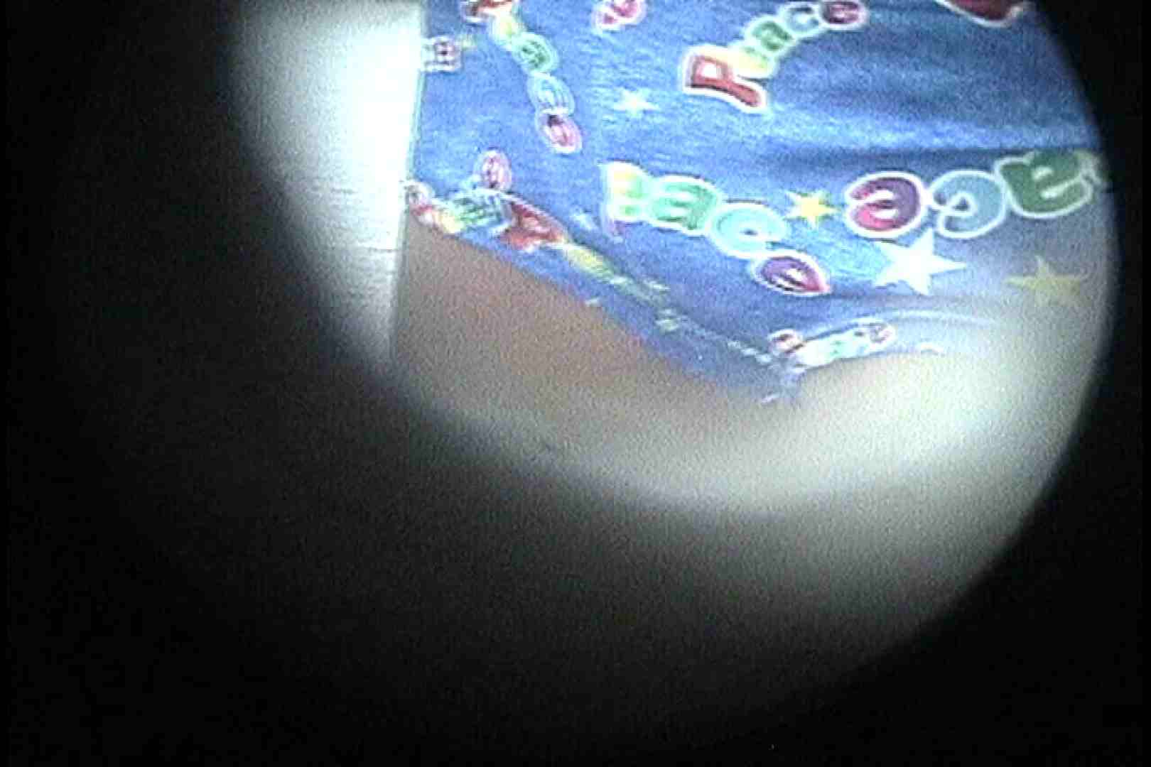 No.22 日焼け跡とオッパイの関係がおかしな貧乳ギャル 接写  99枚 52