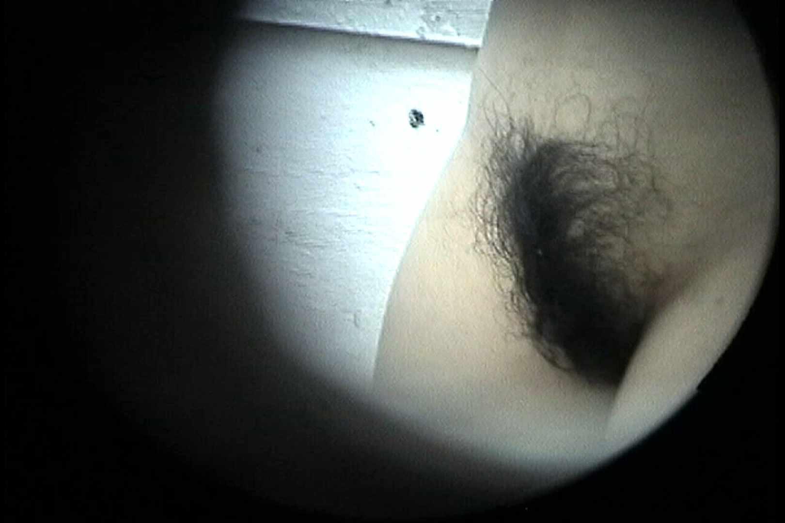 No.24 ビキニの割には陰毛は獰猛、ハミ毛が心配 接写 | 0  110枚 45