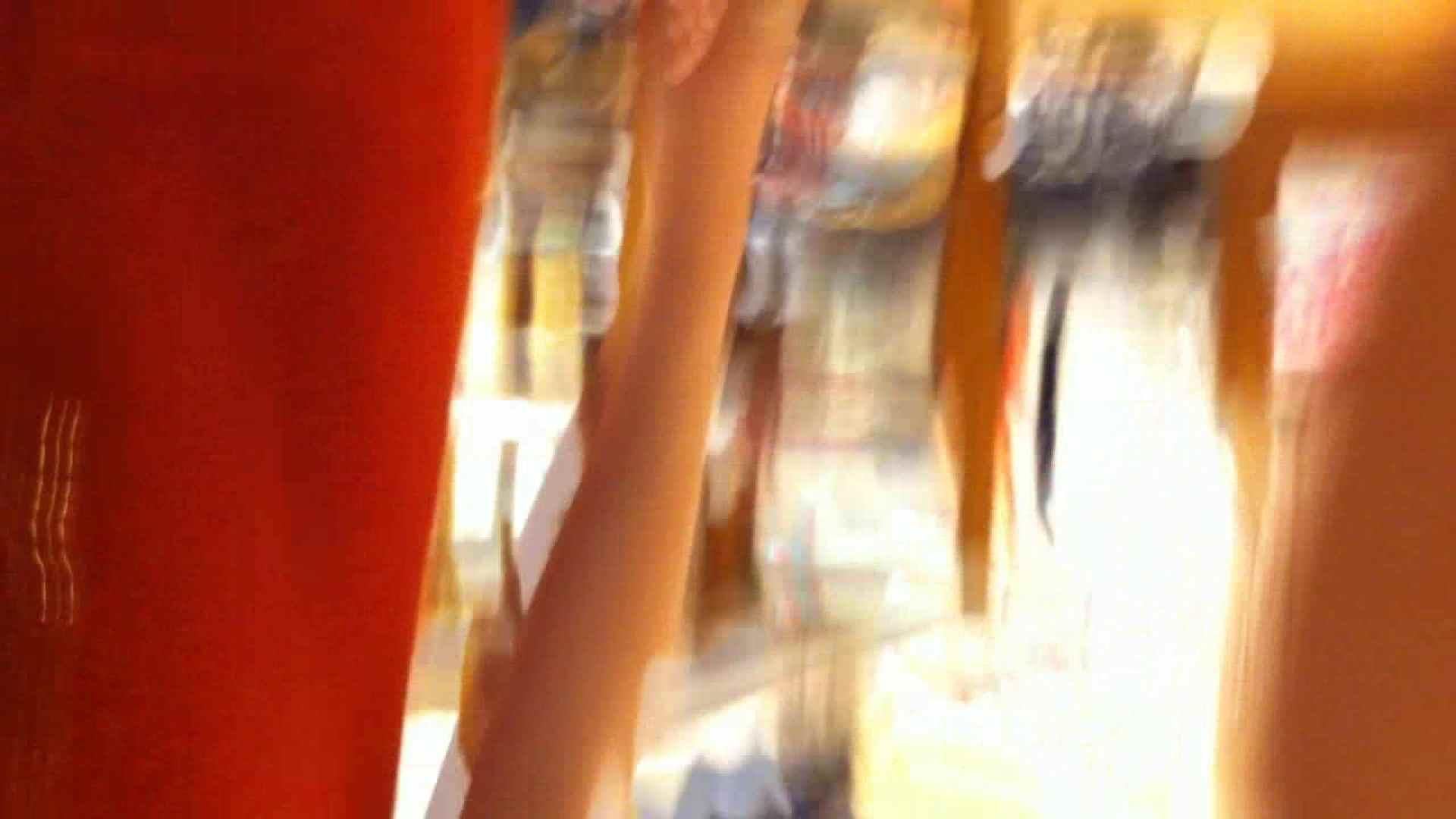フルHD ショップ店員千人斬り! 大画面ノーカット完全版 vol.58 胸チラ オマンコ無修正動画無料 108枚 34