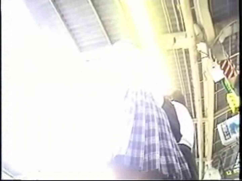 パンチラトレイン④ チラ オマンコ動画キャプチャ 96枚 72