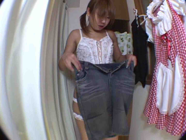アキバメイドカフェ 萌える嬢の着替え盗撮 着替え  85枚 30