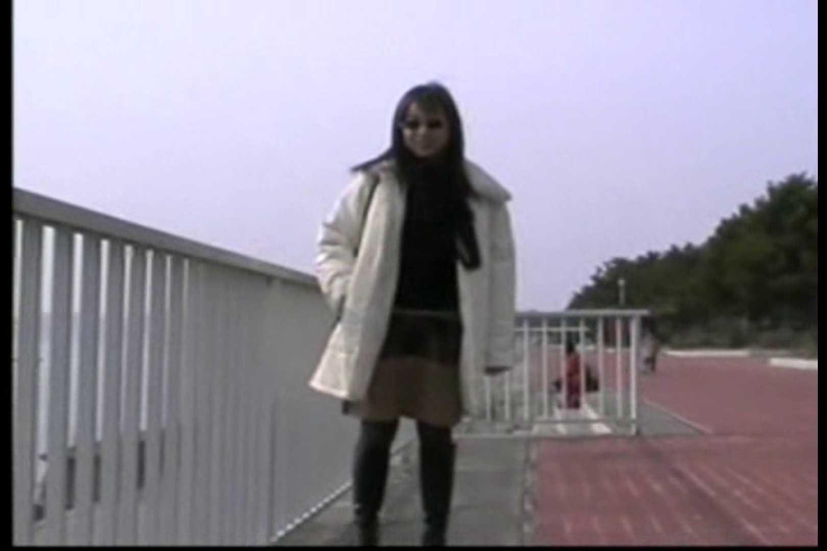 美熟女の野外露出プレイ お色気熟女 アダルト動画キャプチャ 54枚 18