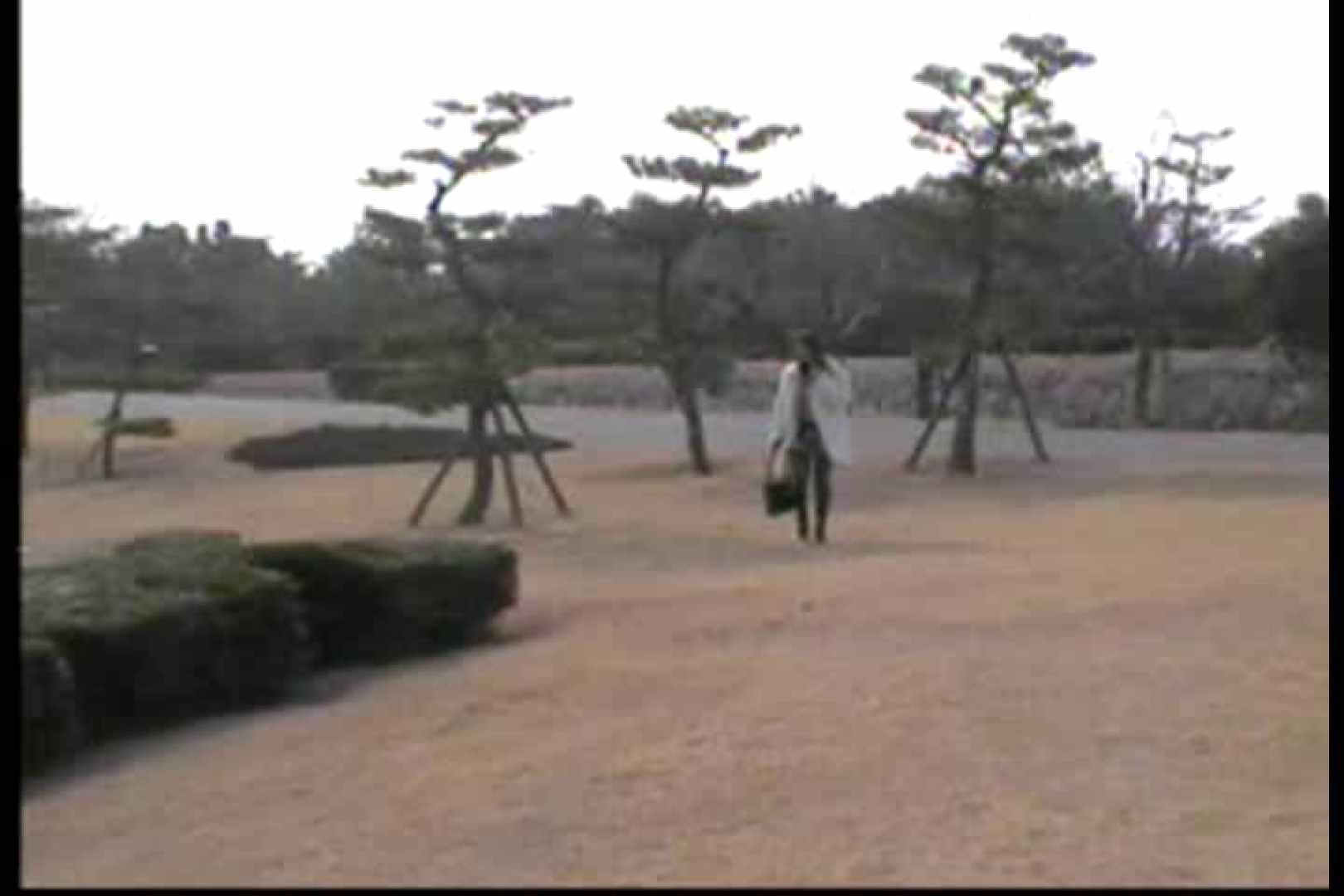 美熟女の野外露出プレイ 野外 濡れ場動画紹介 54枚 54