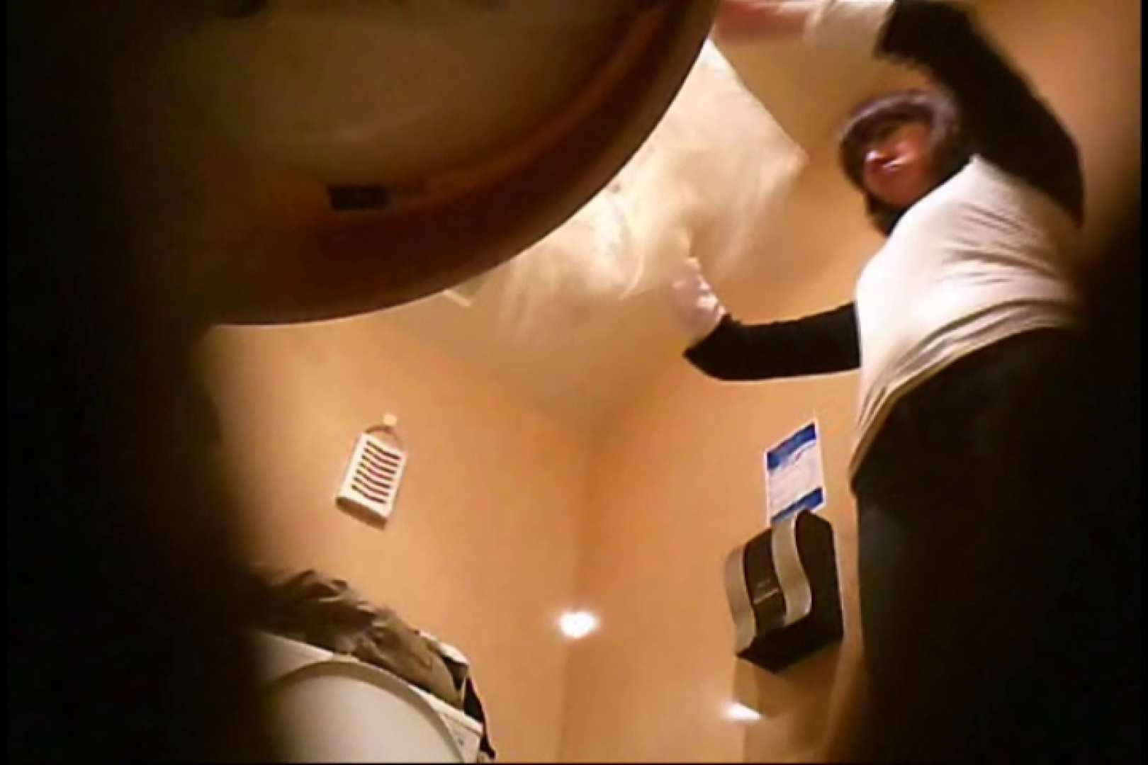 潜入!!女子化粧室盗撮~絶対見られたくない時間~vo,17 潜入   超エロお姉さん  64枚 16