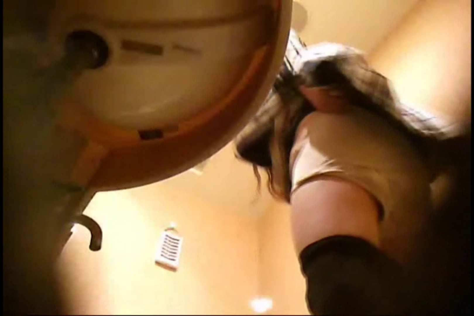 潜入!!女子化粧室盗撮~絶対見られたくない時間~vo,17 盗撮 エロ無料画像 64枚 52